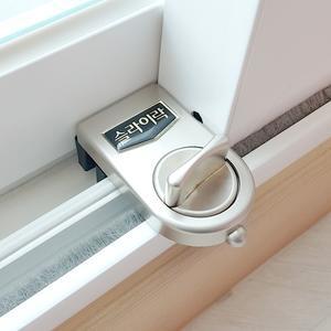 슬라이락 창문잠금장치 샷시 안전방충망고정 창문 열림방지 방범창 방범용품 아파트 베란다 대표이미지 섬네일